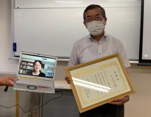 中山先生(学会賞受賞写真)20210828